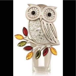 Bath And Bodyworks Owl Wallflower With Refill NWT